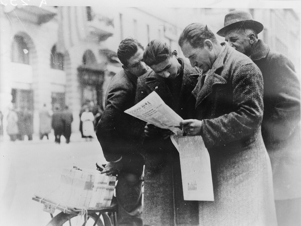 Αθήνα, 1940. Νέα από το