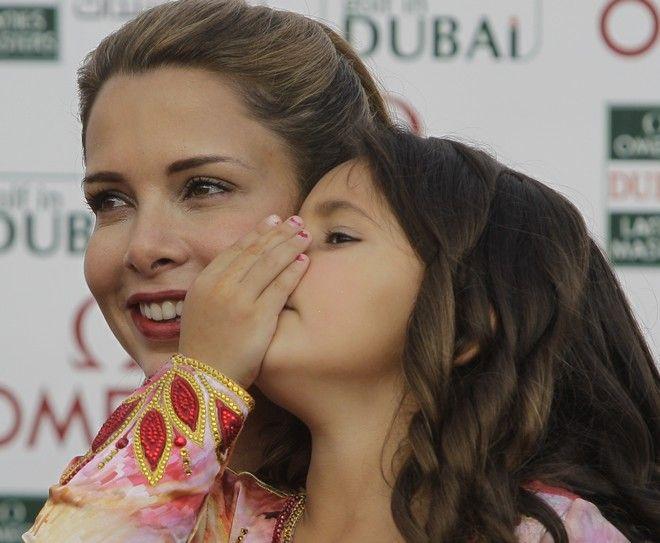 H Πριγκίπισσα Haya, με την κόρη της Jalilah, το 2012 όταν η μικρή ήταν 5 χρόνων. Στα 12 την έταξε σε Πρίγκιπα που φέρεται ως 'εγκέφαλος' της δολοφονίας Khashoggi.