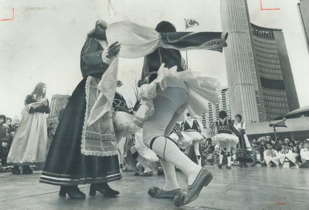 24 Maρτίου 1974: Εορτασμός των...