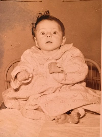 Η πρώτη φωτογραφία της Ευτυχίας, όταν ήταν 4 μηνών